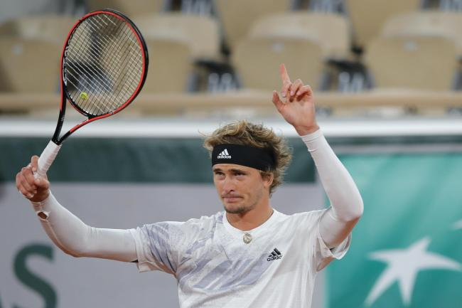 Alexander Zverev made a smooth transition to clay