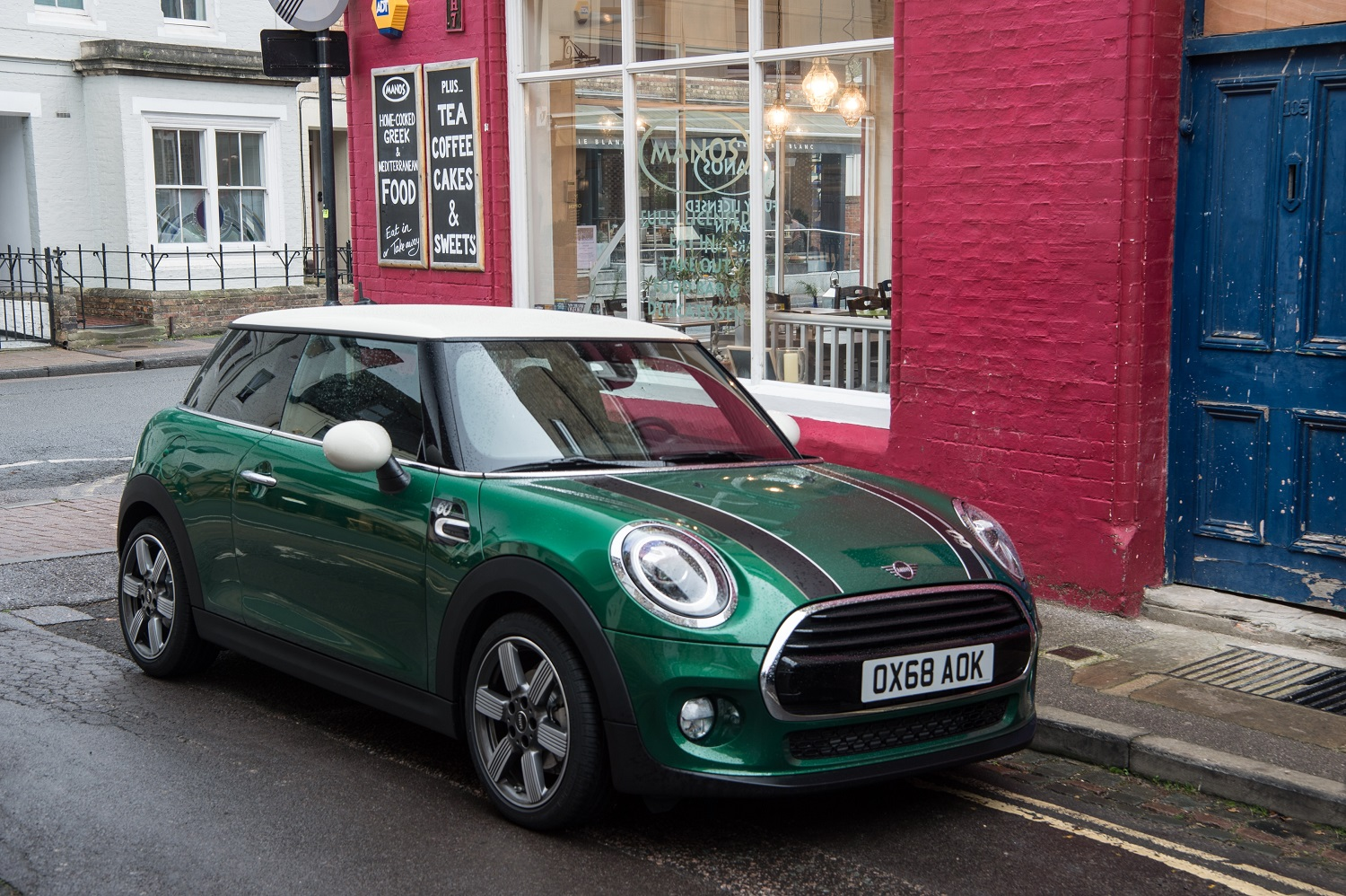 The MINI 60 Years Edition evokes the brand's sporty career